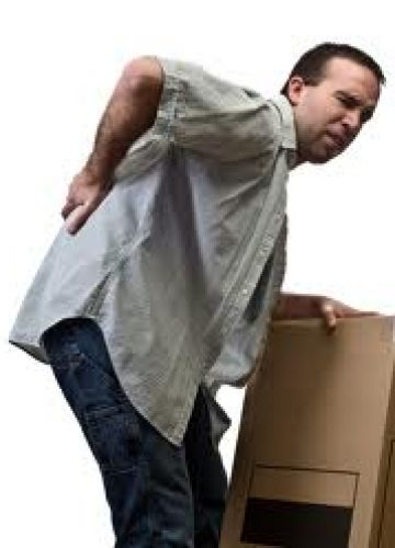 כיצד להרים חפצים ולהימנע מכאבי גב